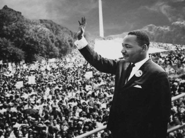 Efemerides Del 28 De Agosto Martin Luther King Pronuncia Su