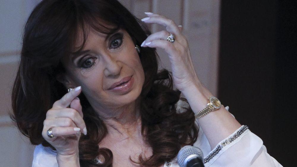 Fernández denunció ensañamiento y hostigamiento a su familia.