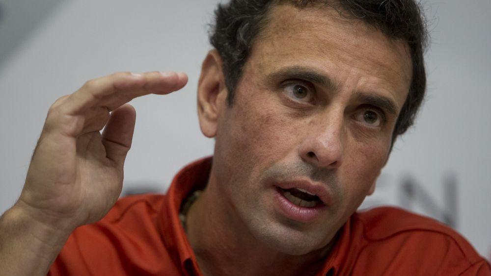 Henrique Capriles brindó una conferencia de prensa en Caracas.