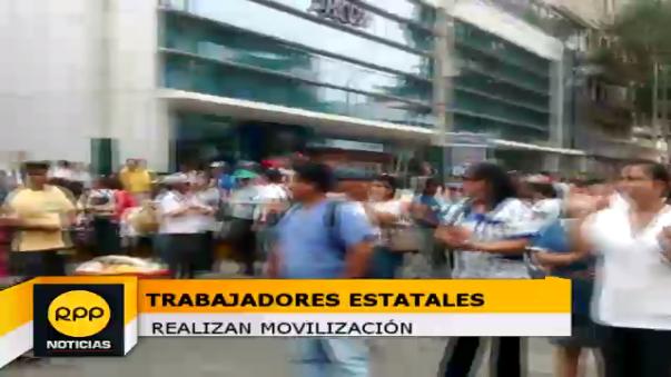 Trabajadores estatales en huelga.