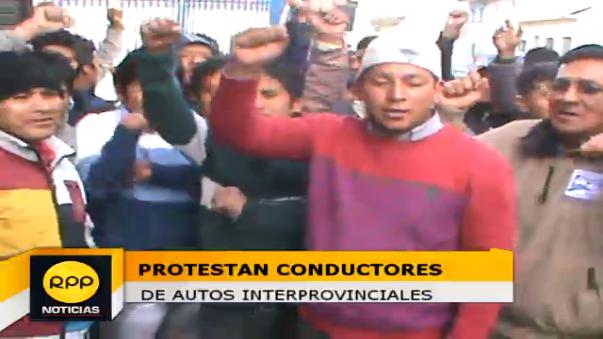 Conductores protestan contra coimas.