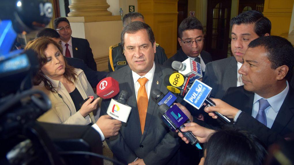 Iberico estuvo entre los políticos reglados.