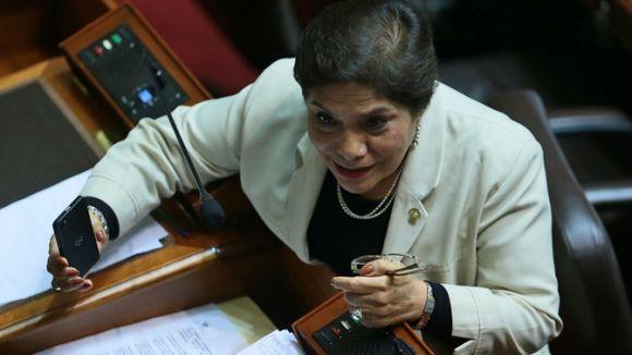 Salgado aclaró que no renunciará al partido si es que no es convocada para la reelección.