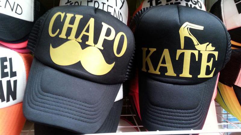 Las gorras con los nombres de