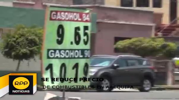 Se reducen precios de combustibles.