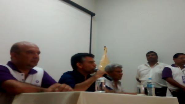 El candidato presidencial Julio Guzmán se encuentra en Trujillo en campaña proselitista.