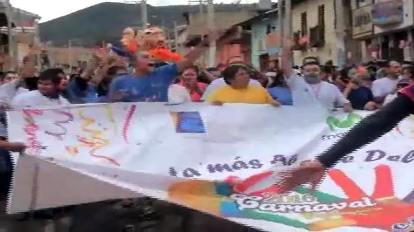 El ingreso del Ño Carnavalón terminó en la explanada del Qhapac Ñan.