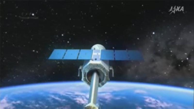 El Astro-H tiene unos 14 metros de largo y pesa unas 2,7 toneladas.