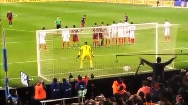 La reacción de la tribuna del Barcelona al golazo de Lionel Messi