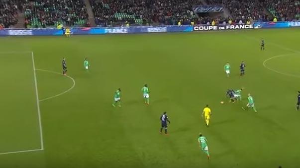 Lucas Moura se llevó hasta 5 rivales y marcó un golazo en victoria del PSG