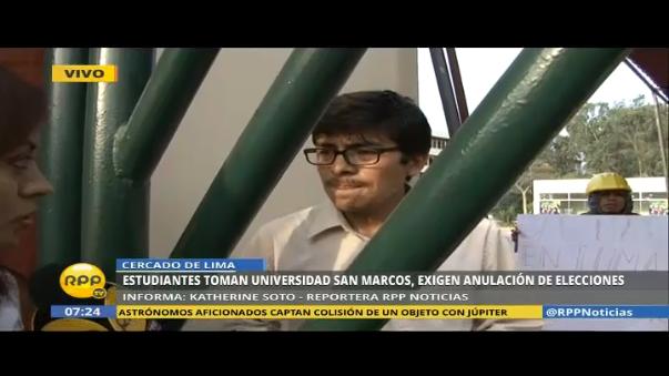 Estudiantes de San Marcos están atrincherados dentro de las instalaciones.