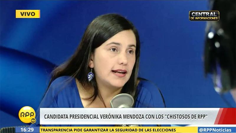 Verónika Mendoza afirmó que el fallo del JNE a favor de Keiko Fujimori se veía venir, pero que el pueblo sabe que entregó regalos y dinero.
