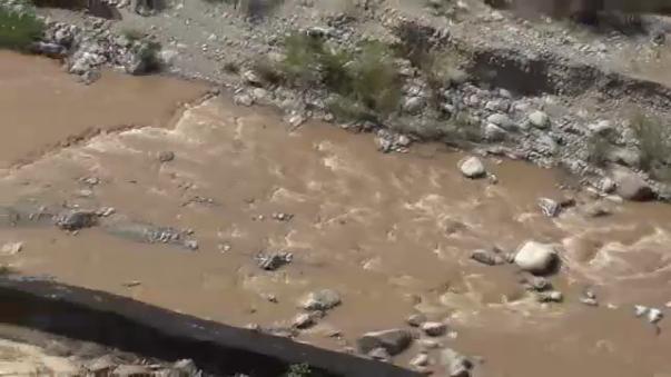 Relaves mineros en río Grande pone en riesgo reproducción de camarones.