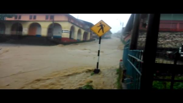 Fuertes lluvias afectan diversas comunidades en el departamento de Piura.