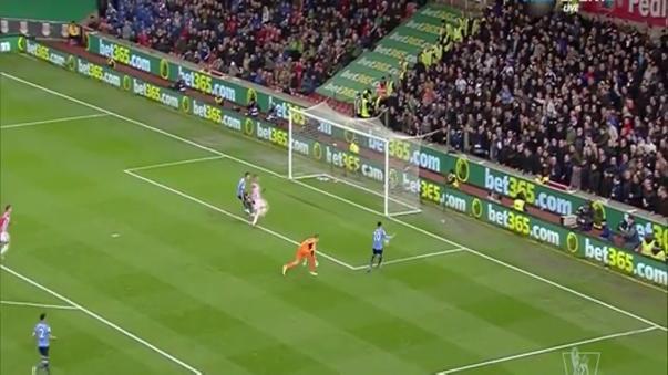El blooper de Dele Alli en victoria del Tottenham por Premier League