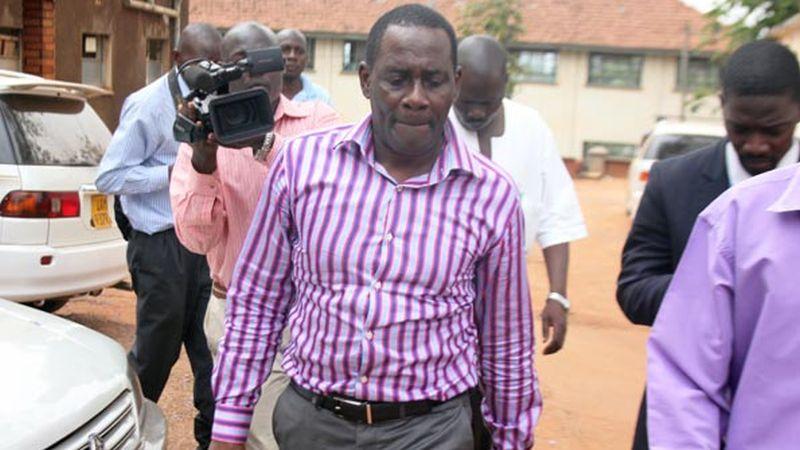 Justicia ugandesa absuelve entrenador de fútbol condenado por homosexualidad.