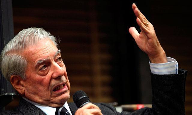 Mario Vargas Llosa se reunió en Chile con la presidenta Michelle Bachelet