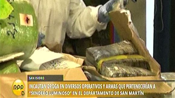 También se decomisó armamento e insumos para la elaboración de droga.
