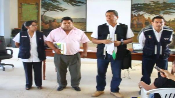 Autoridades se encuentran reunidos en el auditorio de la municipalidad a fin de establecer qué medidas tomar.