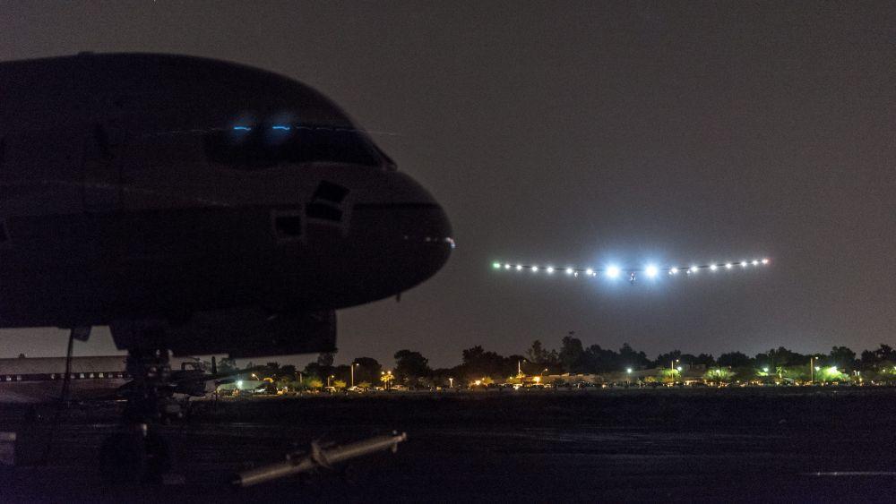 El avión solar ha iniciado su ruta norteamericana después de completar la travesía por el Pacífico.