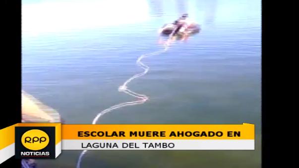 Rescate de cadáver en la laguna El Tambo