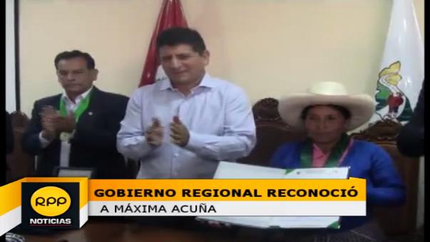 Ceremonia de reconocimiento a Máxima Acuña se realizó en la sede del Gobierno Regional de Cajamarca.