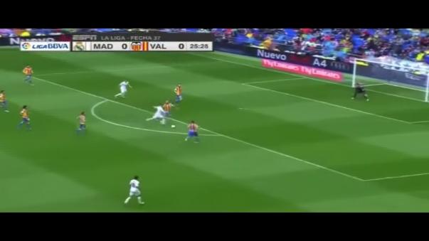 Real Madrid ganó 3-2 al Valencia, con doblete de Cristiano Ronaldo.