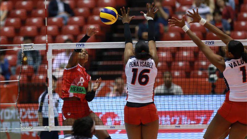 Perú cayó en su debut frente a Japón por 3 sets a 0.