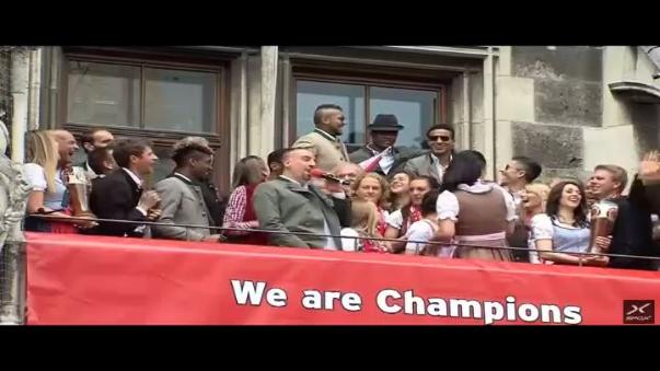 Ribery fue el maestro de ceremonia en el festejo del Bayern Munich.