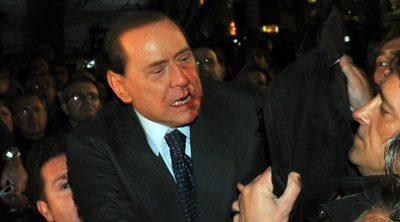 En 2009, cuando era ministro, fue agredido por una persona a la salida de un mitin.