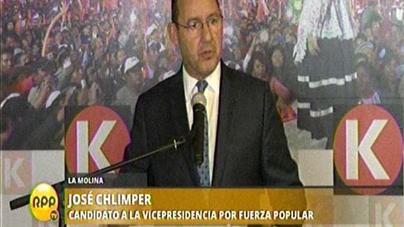 José Chlimper brindó una conferencia de prensa en el local partidario de Fuerza Popular.