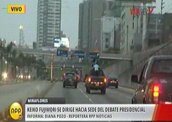 Keiko Fujimori se dirige desde un hotel en Miraflores hasta la U. de Lima. #VotaPerú