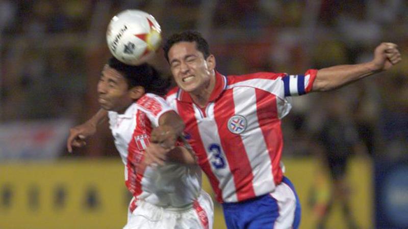 Perú 3 - 3 Paraguay