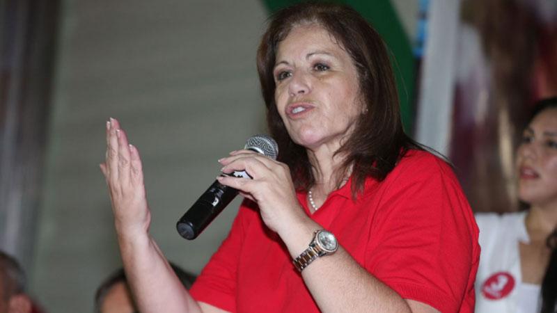 Lourdes Flores insta a ser prudentes hasta conocer resultados oficiales.
