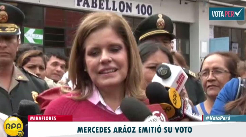 #VotaPerú Mercedes Aráoz votó en un local de Miraflores. http://rpp.pe/
