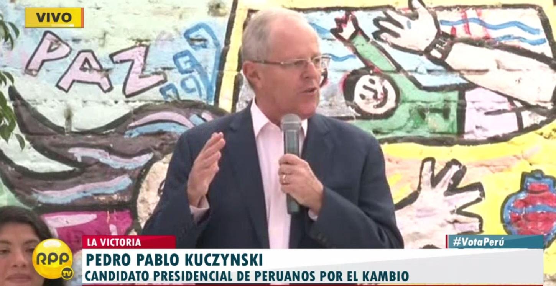 """#VotaPerú PPK: """"Vota con alegría y piensa en la democracia""""."""
