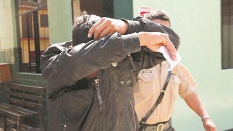 #VotaPerú Asimismo, en Tumbes un requisitoriado fue intervenido por la PNP momentos después de sufragar.