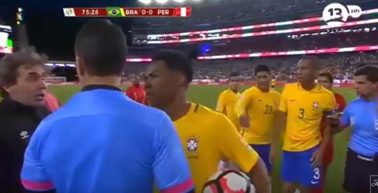 Copa América - Perú v. Brasil
