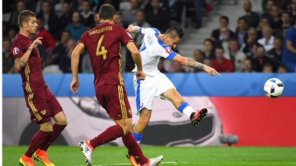 Eslovaquia ganó a Rusia de la mano de Hamsik.