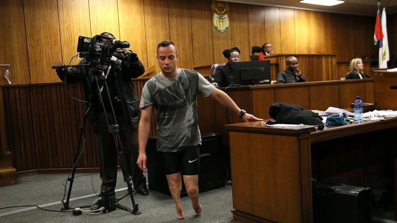 El fiscal pide un mínimo de 15 años de prisión para Pistorius.