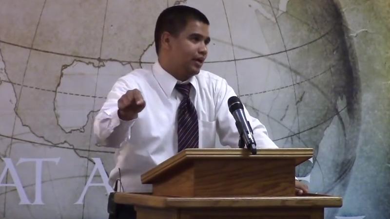 En YouTube se compartió el sermón del pastor.