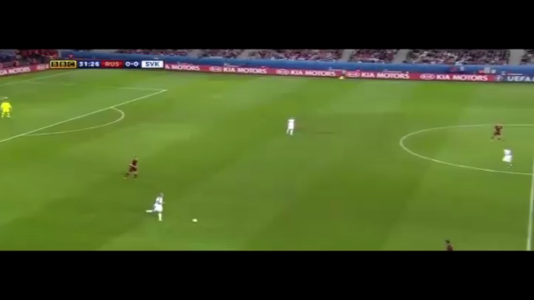 Resumen del triunfo 2-1 de Eslovaquia sobre Rusia.