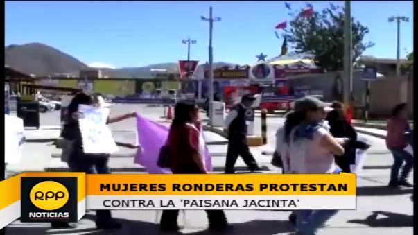 Protestan contra conocido personaje de al televisión que, según indican, falta el respeto a la mujer campesina.