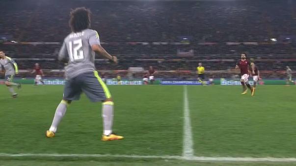 Cristiano Ronaldo hizo de las suyas en la Champions League.