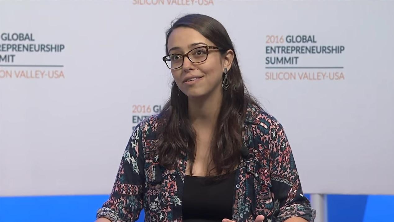 Aquí puedes ver la totalidad de la Cumbre Global de Emprendedores 2016. La participación de Mariana Costa Checa empieza en el minuto 1:44.00