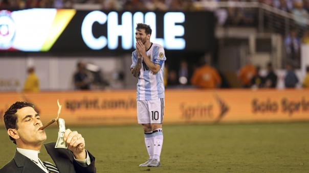 El balón que Messi echó a la tribuna cuesta 60 mil dólares.