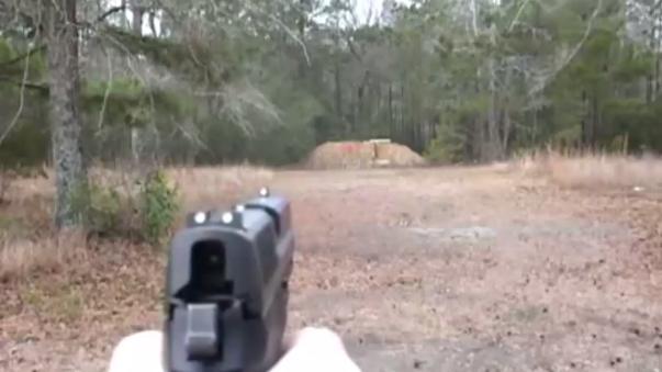 Así disparan las pistolas Sig Sauer SP 2022.