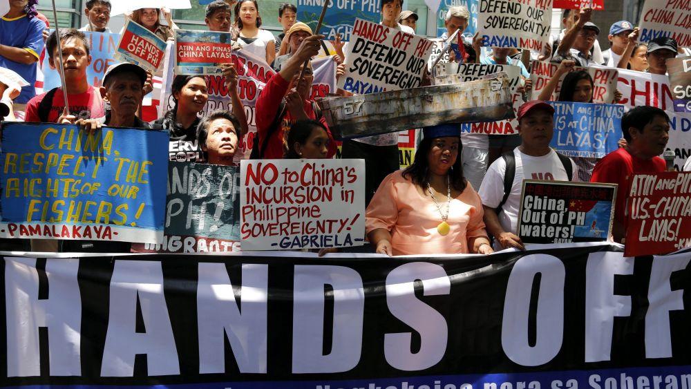 Filipinos celebraron tras conocerse el fallo de la Corte Permanente de Arbitraje de La Haya.