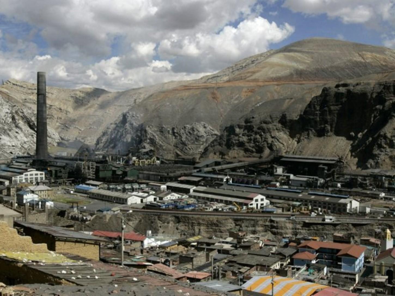 El próximo ministro de Economía, Alfredo Thorne, instó al Congreso a prorrogar el proceso de liquidación del Complejo Metalúrgico.