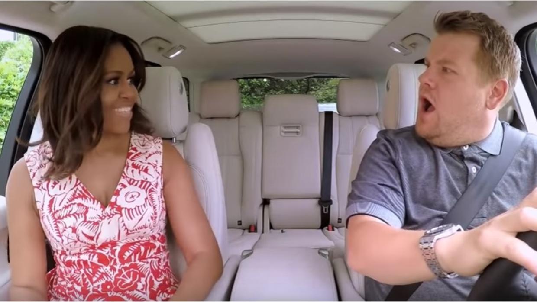 El 'carpool karaoke' de la primera dama de Estados Unidos, Michelle Obama junto a James Corden será emitido este miércoles.